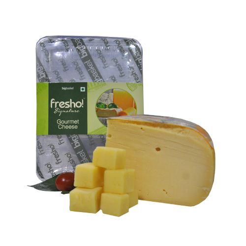 Fresho Signature Gouda Cheese - Premium Dutch, Diced, 200 g