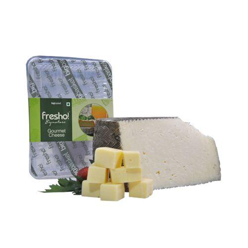 Fresho Signature Gaudamur Manchego Cheese - Diced, 200 g