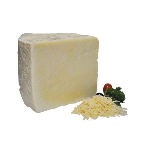 Fresho Signature Parmesan Pecorino Romano D.O.P Cheese - Grated, 200 g