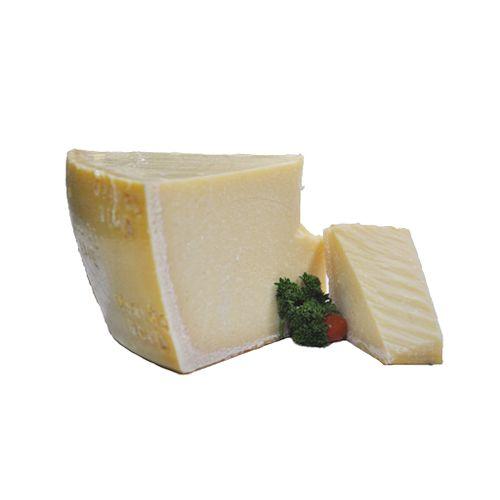 Fresho Signature Parmesan Gran Spico Cheese - Block, 200 g