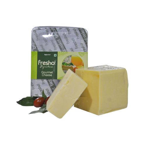 Fresho Signature Monterey Jack Cheese - Block, 200 g