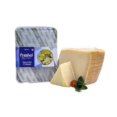 Fresho Signature Cheese - Parmesan Grana Padano D.O.P, Block, 200 gm