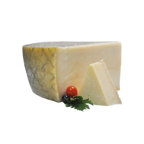 Fresho Signature Parmesan Grana Padano D.O.P Cheese - Block, 200 g
