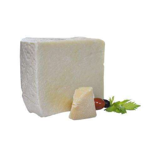 Fresho Signature Cheese - Parmesan Pecorino Romano D.O.P, Block, 100 gm
