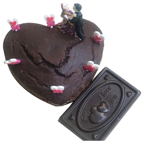 Buy Bhealthy Cake Chocolate Celebration Valentine With Bar Whole Wheat Eggless 600 Gm Online At Best Price