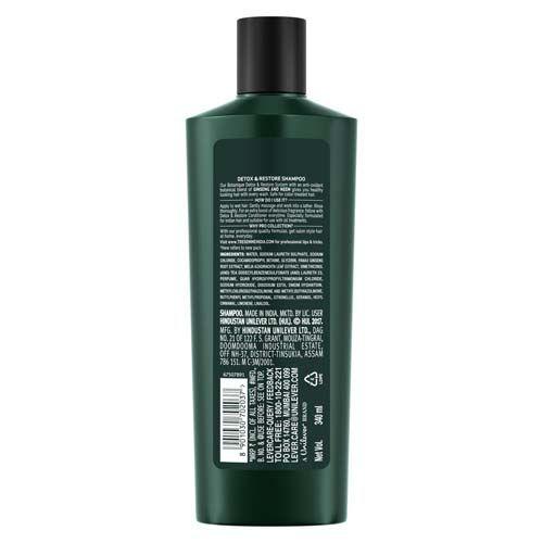 TRESemme Shampoo - Detox & Restore - No Parabens, No Dyes, 340 ml