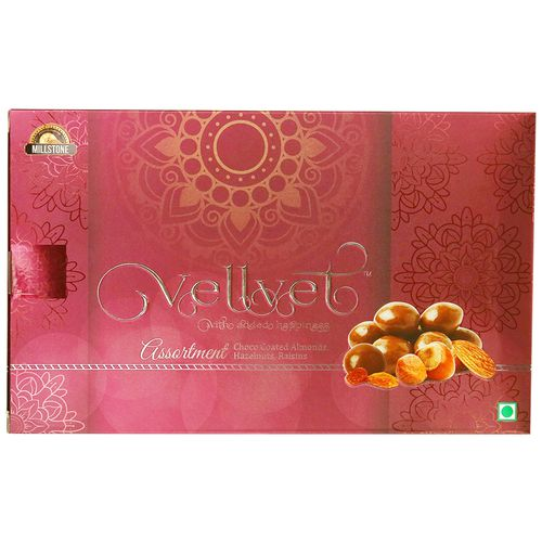 Vellvet Assortment Dry Fruits- Almond, Hazelnuts & Raisins, With Coated Chocolate, 200 g