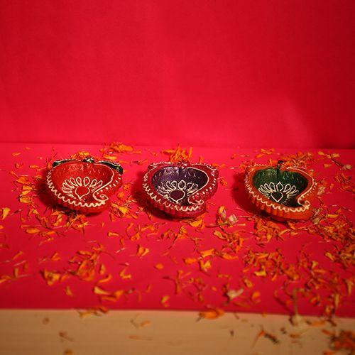 Diyaz Diya Terracotta Pooja Decorative - Multicolour, 120 C, 6 pcs
