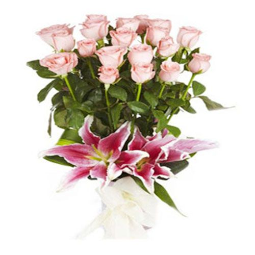 FERNS N PETALS Flower Bouquet - The Pure Passion, 400 g