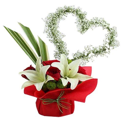 Ferns N Petals Pvt Ltd Flower Bouquet - Roses N Lilies Exotic Arrangement, 400 g