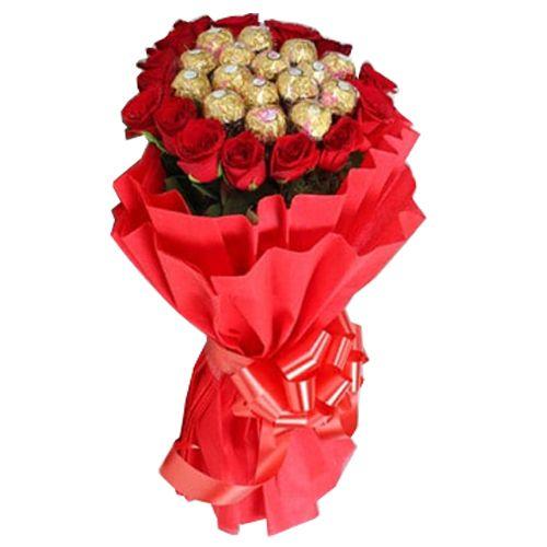 Ferns N Petals Pvt Ltd Flower Bouquet - Premium Rocher Bouquet, 400 g