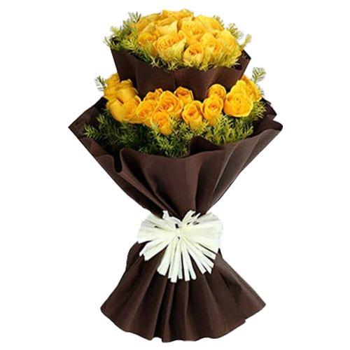 Ferns N Petals Pvt Ltd Flower Bouquet - Bright Yellow Roses Bunch, 400 g
