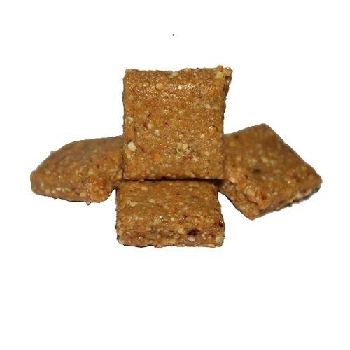 Avarya Sweets - Crush Peanut Chikki Slab, 400 g