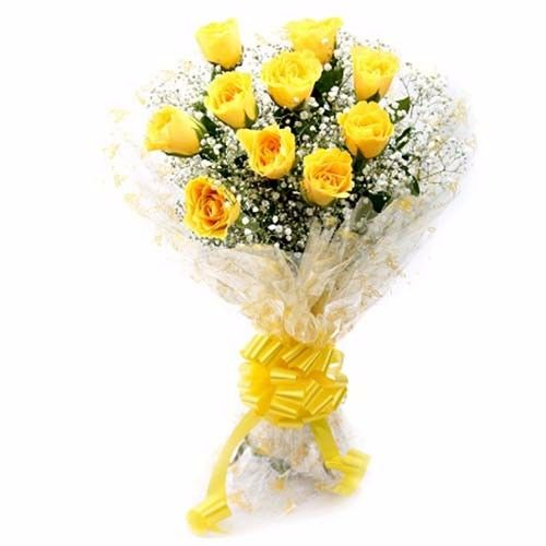 Blooms & Bouquets Flower Bouquet - 12 Charming (Cellophane) Yellow Ross, 1 pc