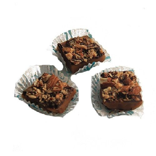 Theobroma Almond Toffee Crunch Chocolate, Eggless, 4 pcs