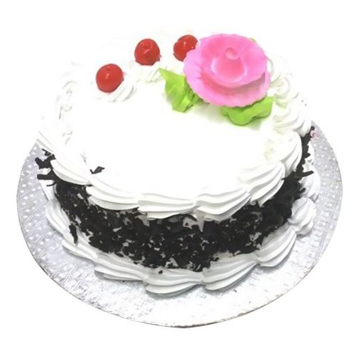 Karachi Bakery DR.As rao nagar Fresh Cake - Black Forest, 1 kg