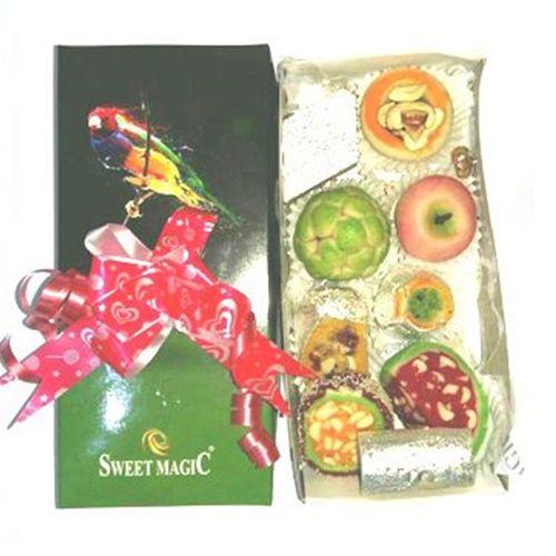 Sweet Magic  Diwali Gift Box - Cashew Assorted, 500 g