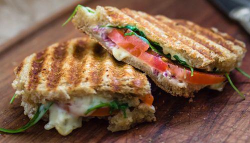 Melted Cheese Burst Grilled Sandwich Recipe How To Make Melted Cheese Burst Grilled Sandwich Recipe Bigbasket Cookbook Bigbasket Com
